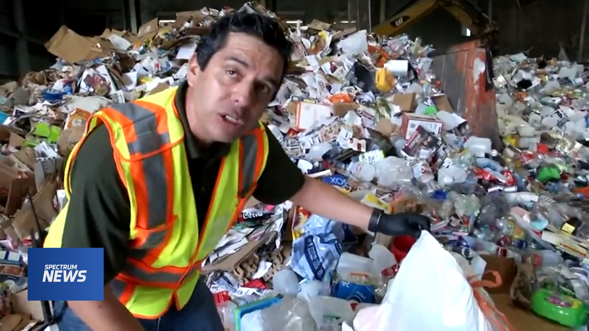 Contaminated material putting a strain on Council recycling operations